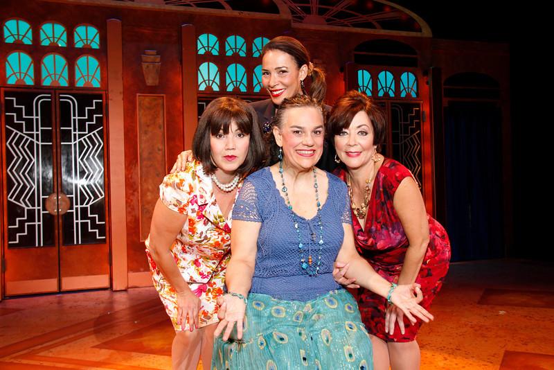 Menopausia El Musical cast_6